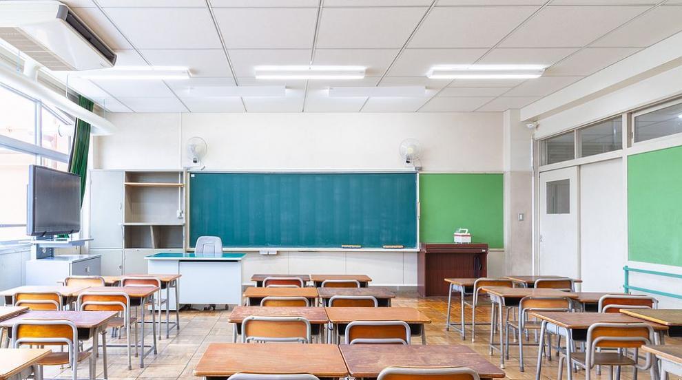 Модернизират четири гимназии в Пазарджишка област с...
