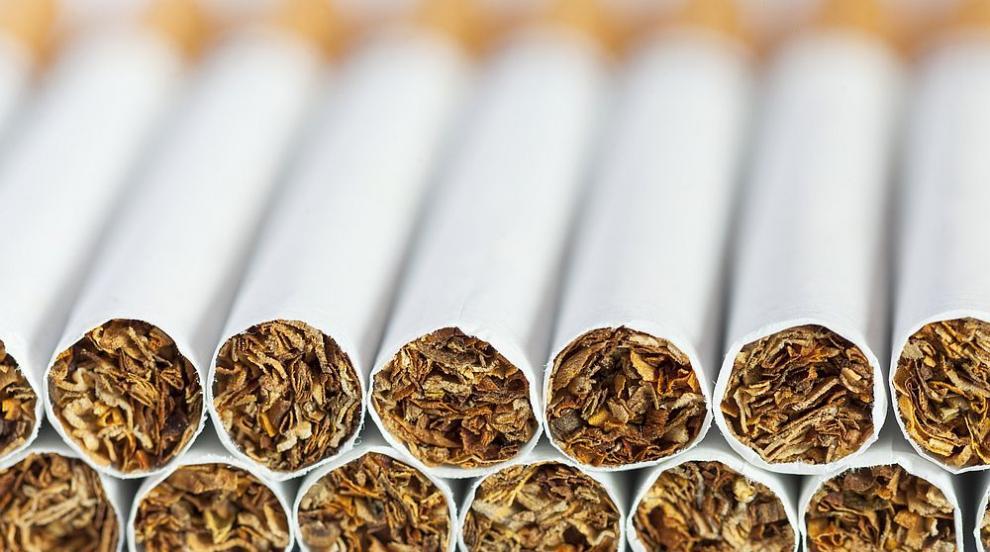 Иззеха близо тон и половина контрабанден тютюн при...