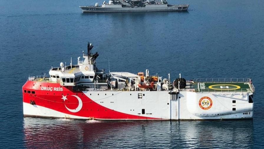 "Турският сондажен кораб ""Оруч Реис"""
