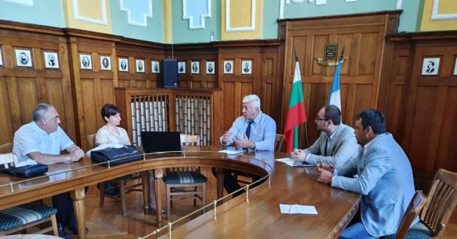 Община Пловдив води преговори със собствениците на голям магазин на
