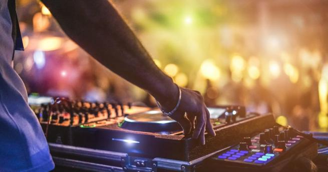 Берлин ще превърне откритите пространства в града в нощни клубове