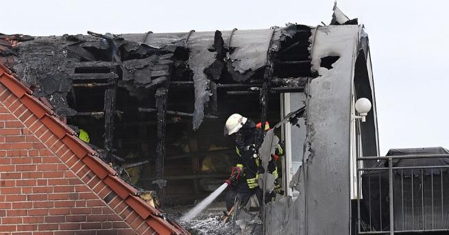 Малък самолет се разби в жилищна сграда в германската провинция