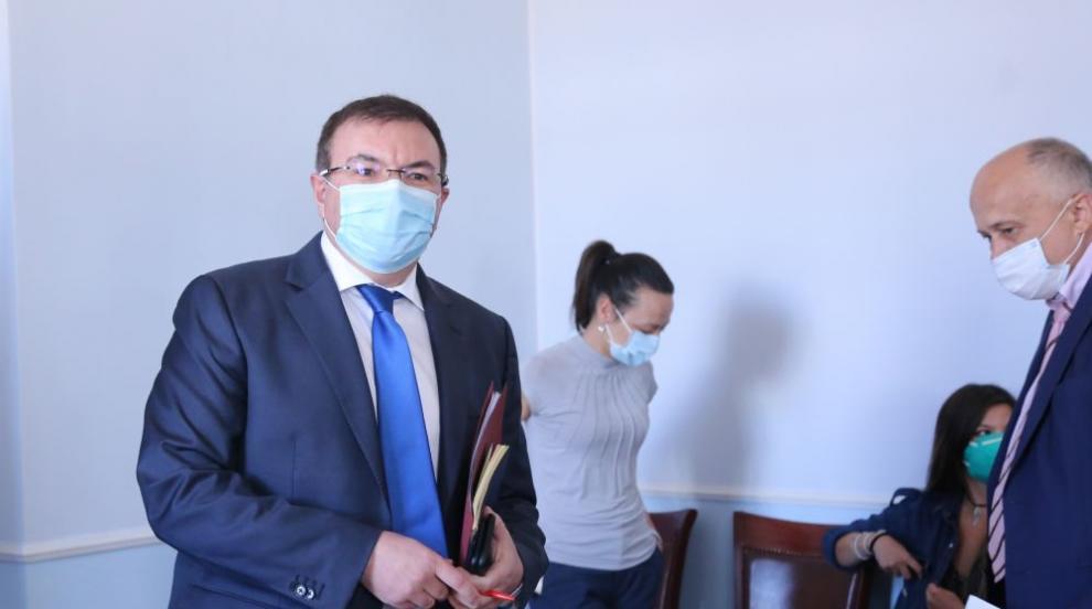 Здравният министър увери: Без повече КПП-та и...