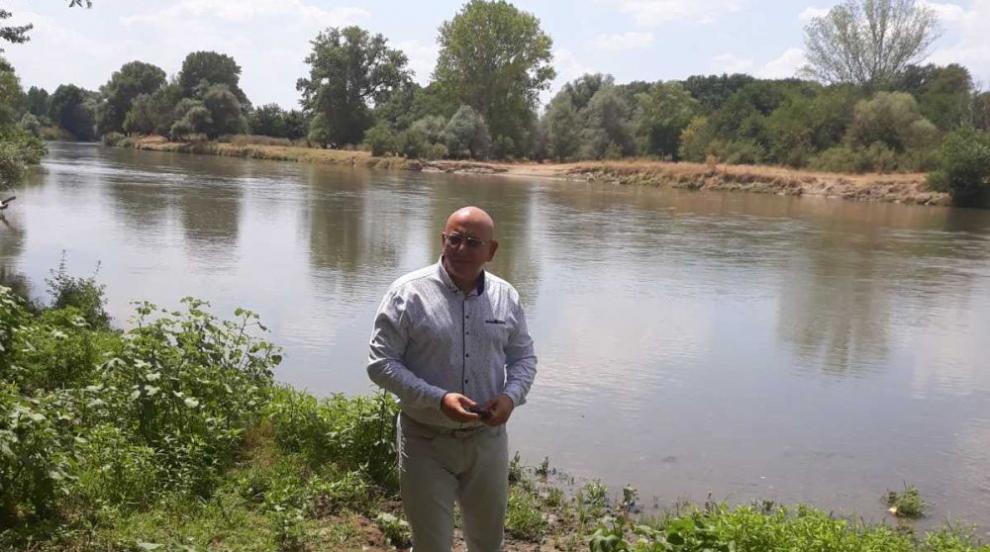 Емил Димитров: С водите тази година не би трябвало да...