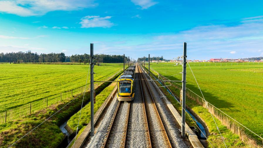 Влак катастрофира в Португалия, жертви, ранени