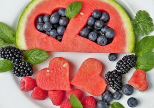 Кои са най-полезните храни за лятото