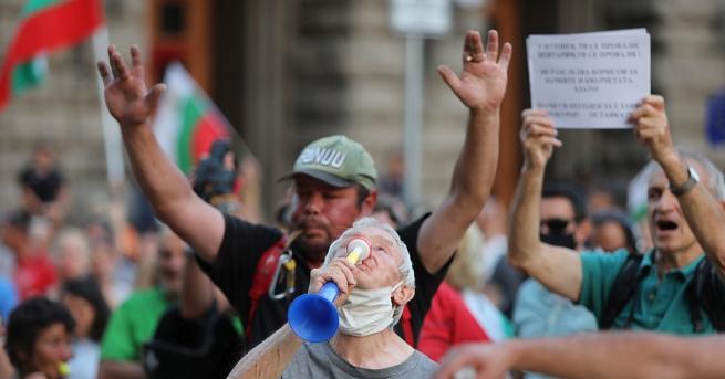 27-ти ден протести и блокади. Три кръстовища в София остават