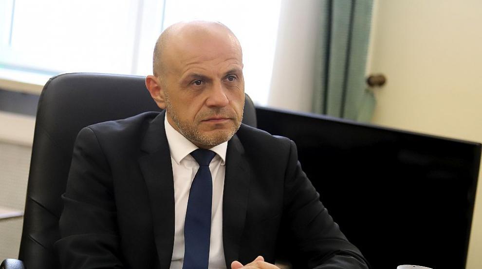 Дончев: Вариант е и оставка на кабинета в края на...