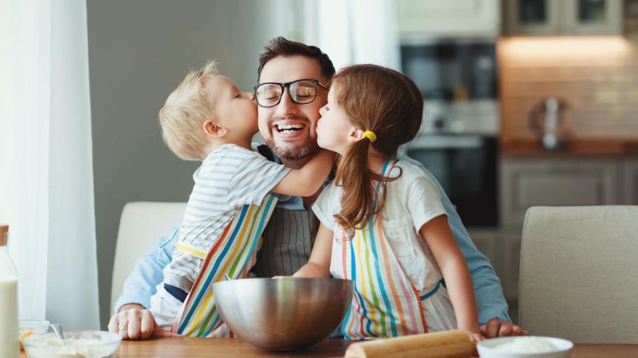 Мъжете без деца са по-нещастни