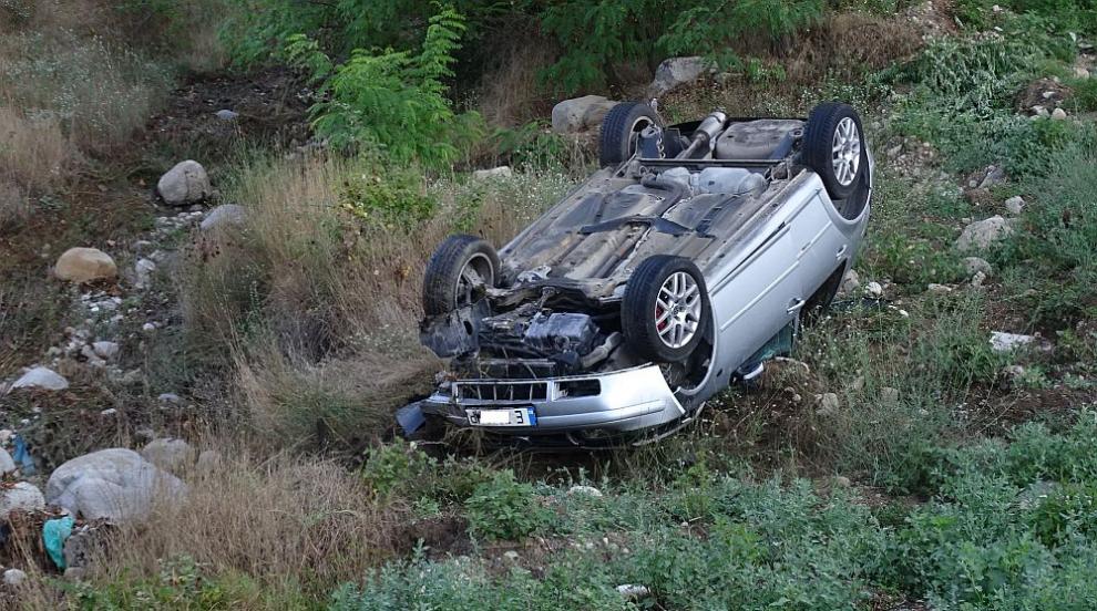 Тежка катастрофа край Симитли, двама души са ранени...