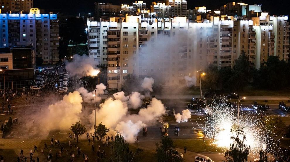 Напрежение в Беларус след президентските избори: Протести, арести и ранени (СНИМКИ/ВИДЕО)