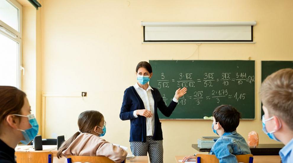 Начало училище във Франция: Не хвърляйте децата през...