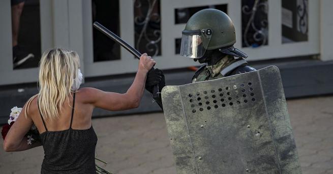 Беларуската полиция съобщи днес, че тази нощ е арестувала около