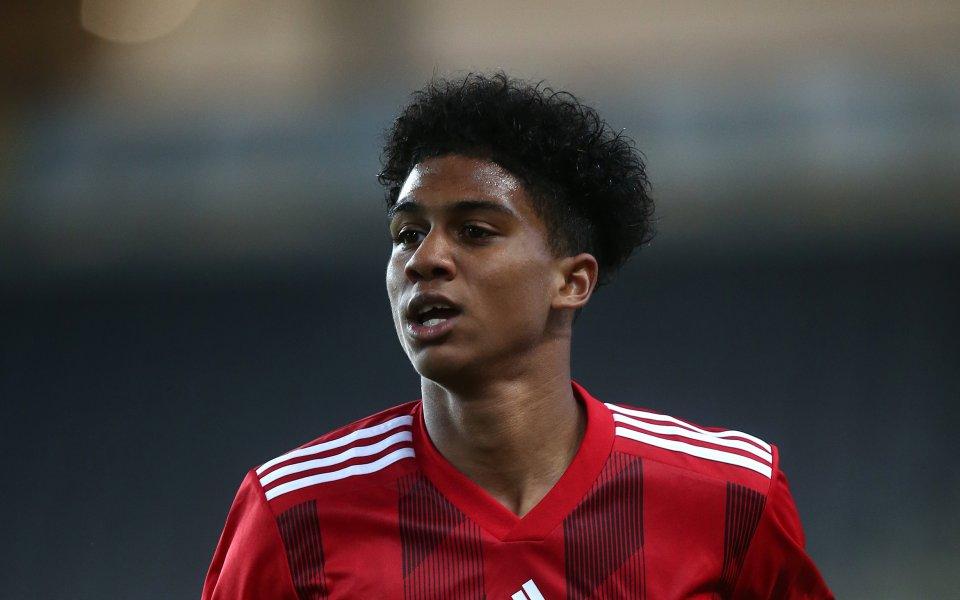 Лийдс Юнайтед привлече 18-годишния фул бек на Фулъм Коуди Дрейма