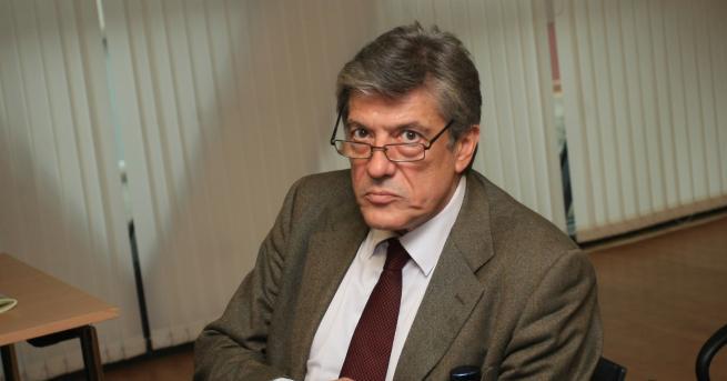 Политологът доц. Антоний Гълъбов вижда в обръщението на премиера Бойко