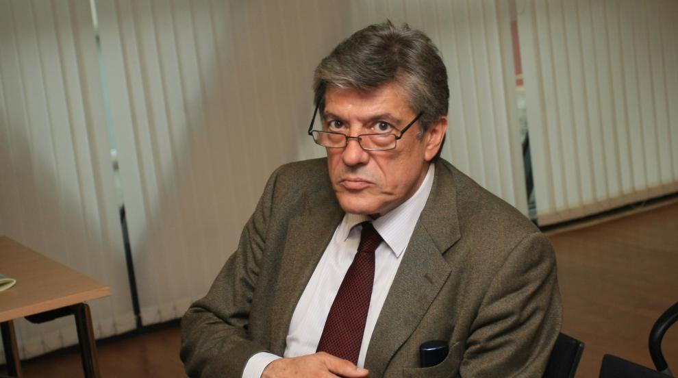 Антоний Гълъбов: Борисов отне инициативата на...