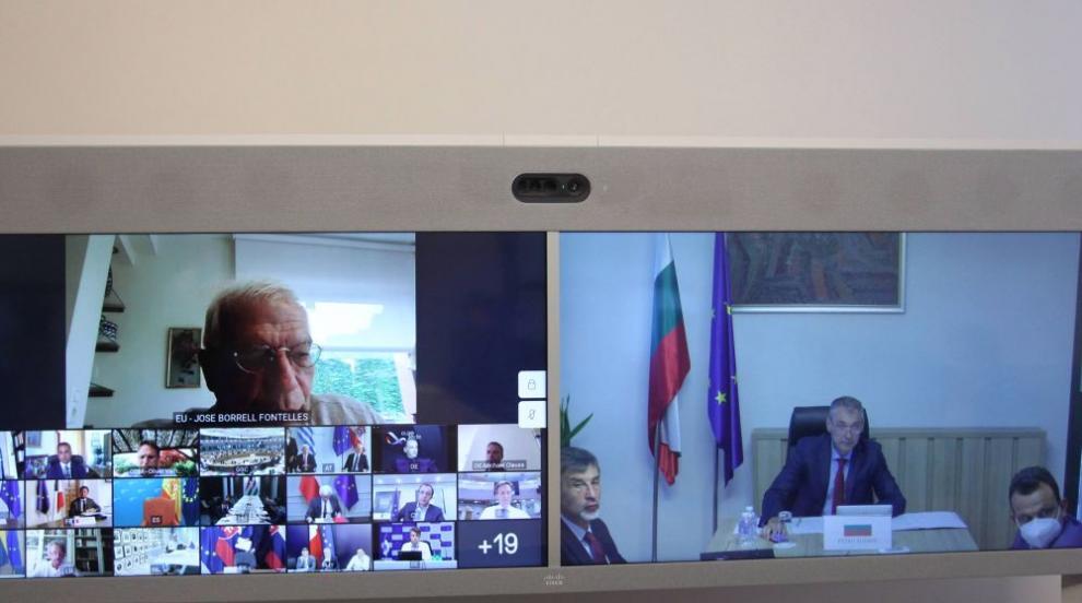 Външните министри на ЕС призоваха за деескалация на...