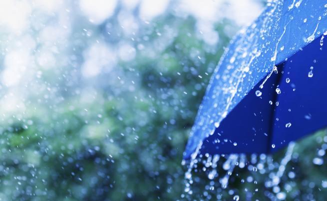Поройни дъждове над Западна България, какви са щетите