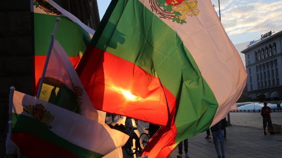 39-та вечер на протести, три блокади в София