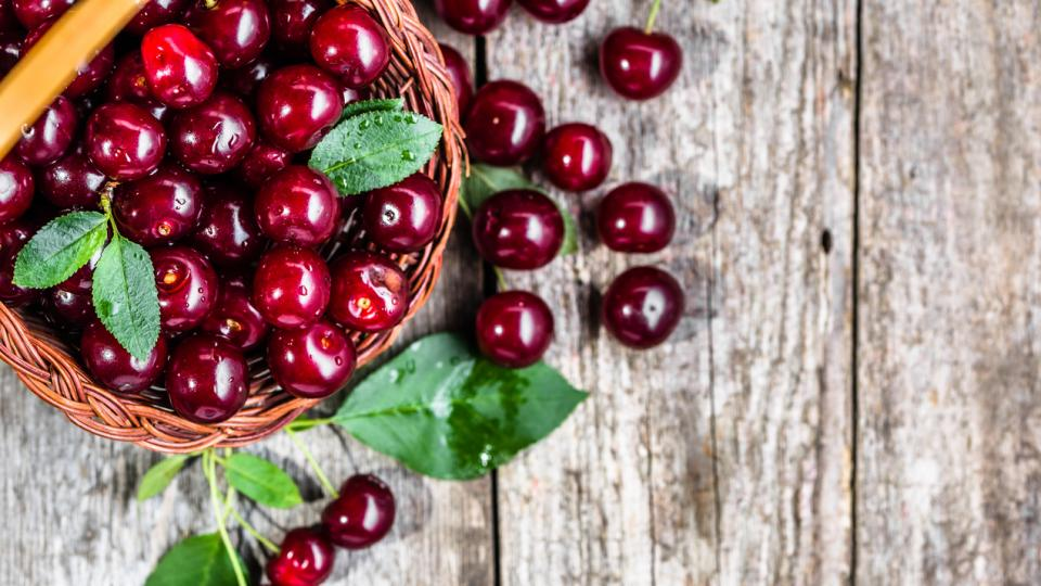 вишна вишни сладко сок плод плодове вкусно