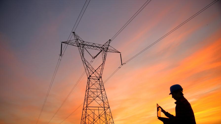 От 1 октомври всички потребители на електроенергия за небитови нужди трябва да излязат на свободния пазар