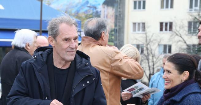 Британският актьор Бен Крос почина във Виена. Очаквайте подробности!