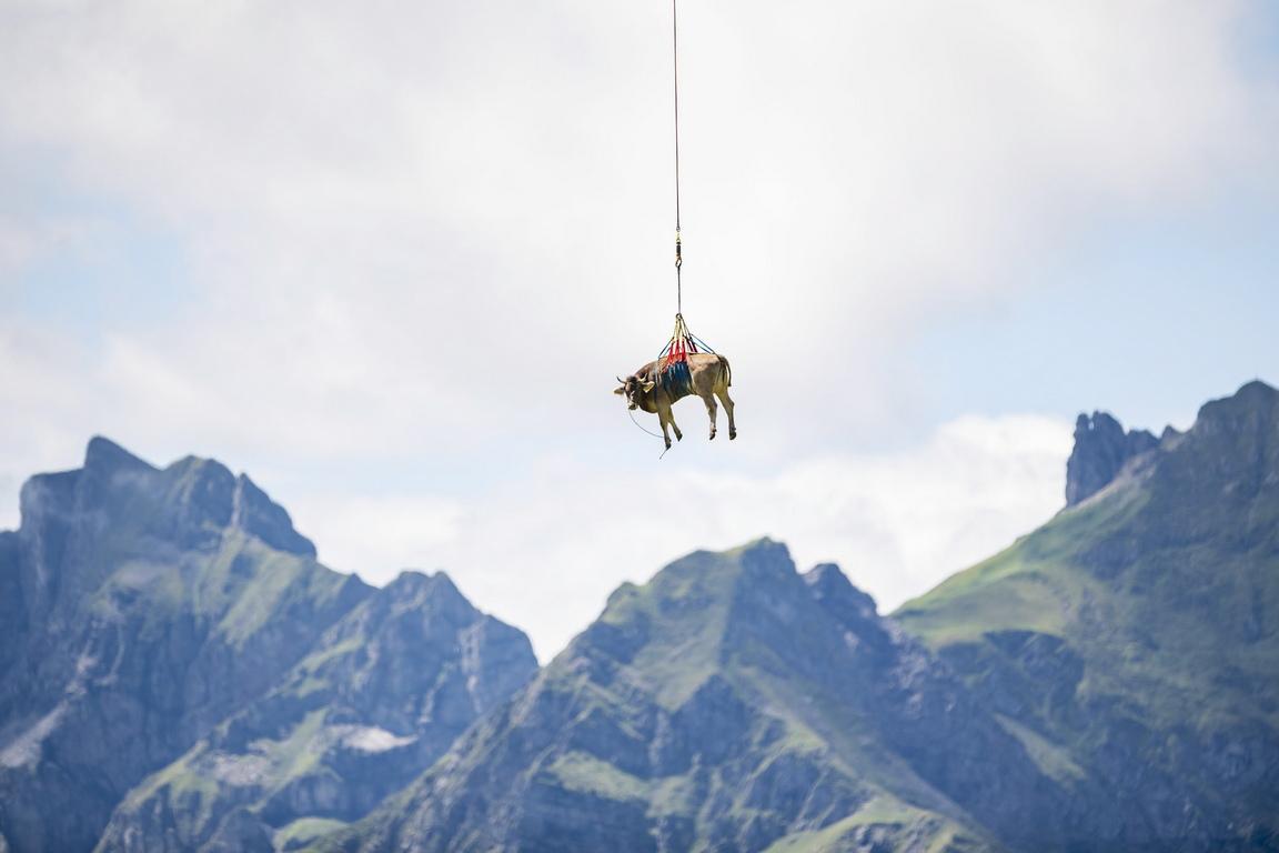<p>Прохода Клаузен в Алпите, Швейцария</p>