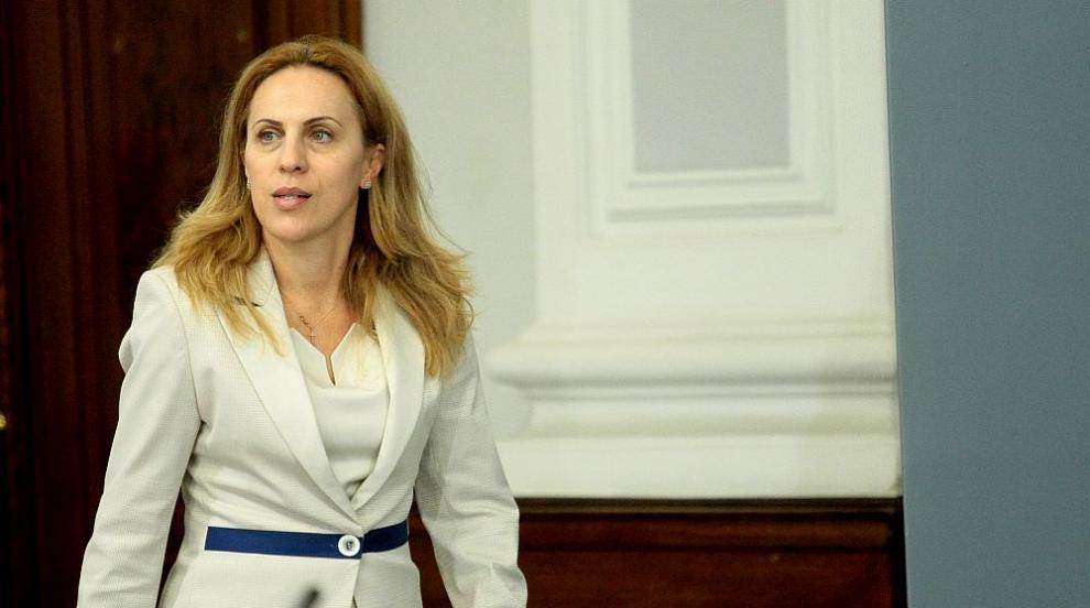 Марияна Николова: България е коридорът за Гърция към...