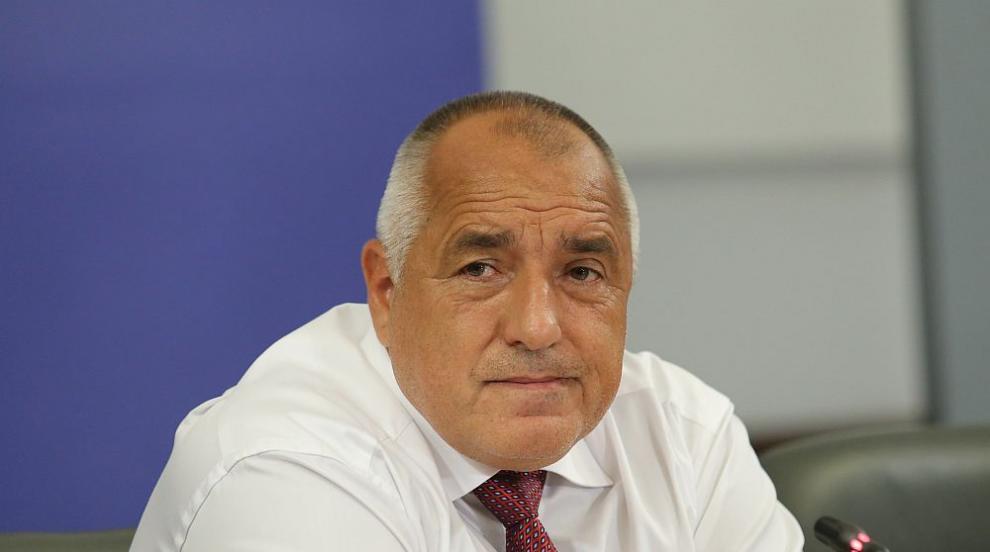 Борисов е с отрицателен тест за COVID-19, но ще се...