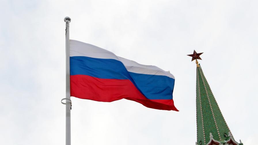 Русия е заобиколена от кризи, които са тест за Кремъл