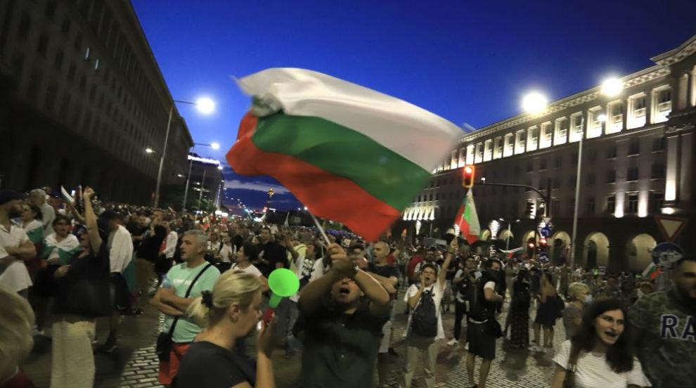 Любен Дилов-син и Любомир Аламанов за протестите и...