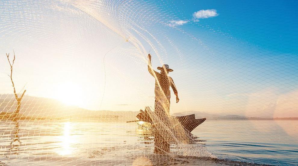 Рибар улови 2645 риби за рекорд на Гинес (СНИМКА)