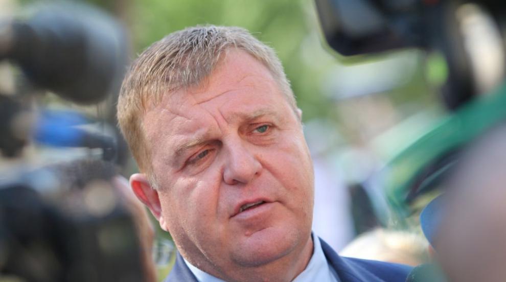 Каракачанов: Няма как да стане това, което иска...