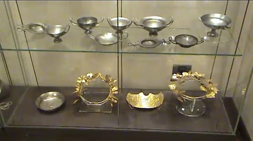 Иззетите артефакти от офиса на Божков достигнаха 6 566...