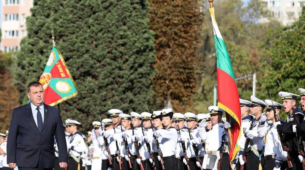 Каракачанов: Младите започват да осъзнават, че...
