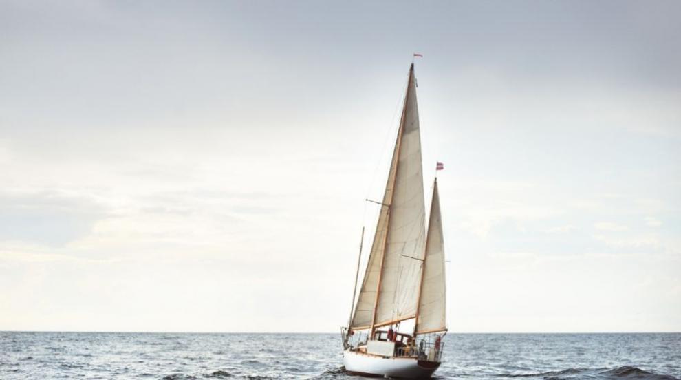 Семейство продаде дома си за яхта, качва на нея и...