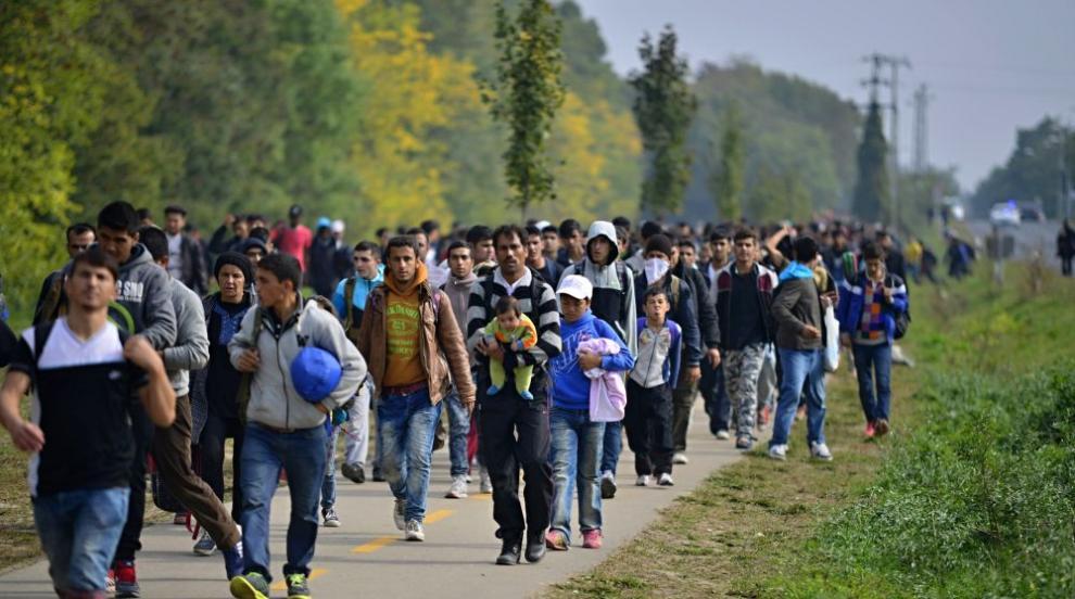 Фон дер Лайен: Страните от ЕС ще приемат мигранти,...