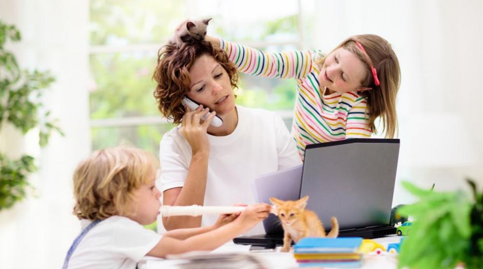 С деца в офиса: Безплатни занимални на работното...