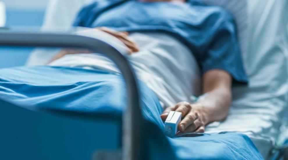 Четирима педагози са в болница с COVID-19 в област Сливен