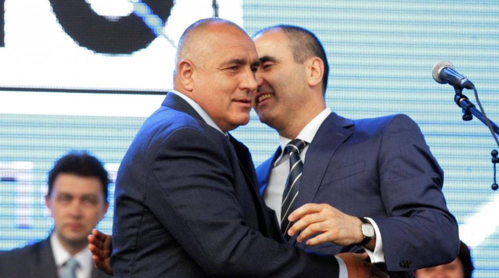 Дариткова: Цветанов бе фактор в ГЕРБ, сега иска да...