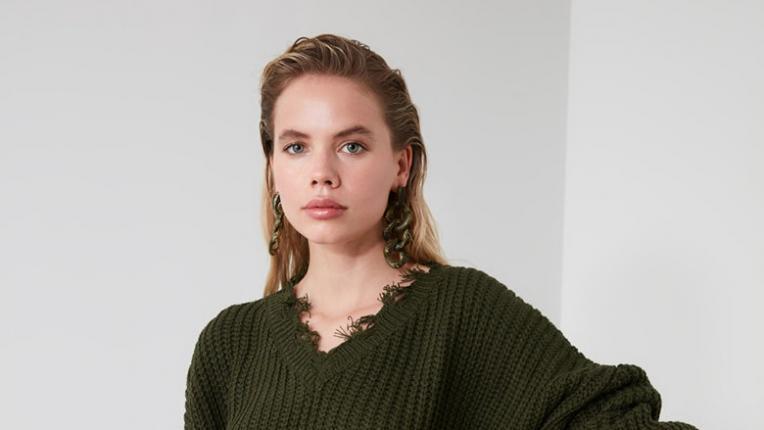 6 НАМАЛЕНИ пуловера под 40 лева