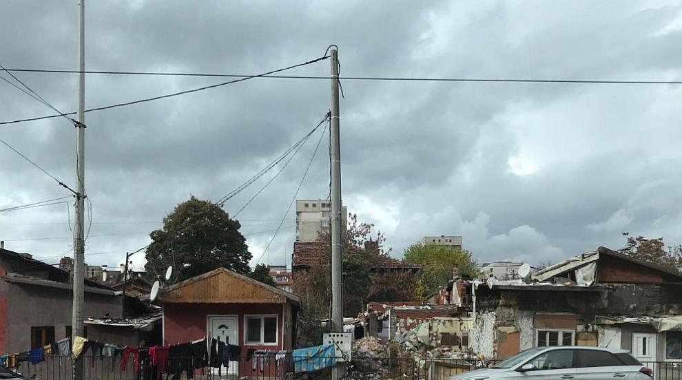 Роми тормозят жители на софийски квартал (ВИДЕО)