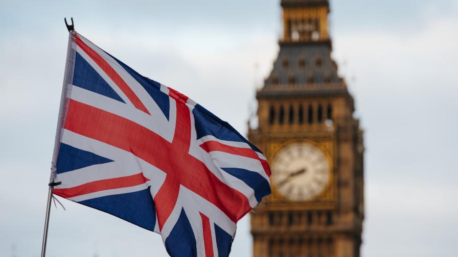"""""""Недобросъвестни"""", """"Мрачни"""": Лондон с мерки за мигрантите"""