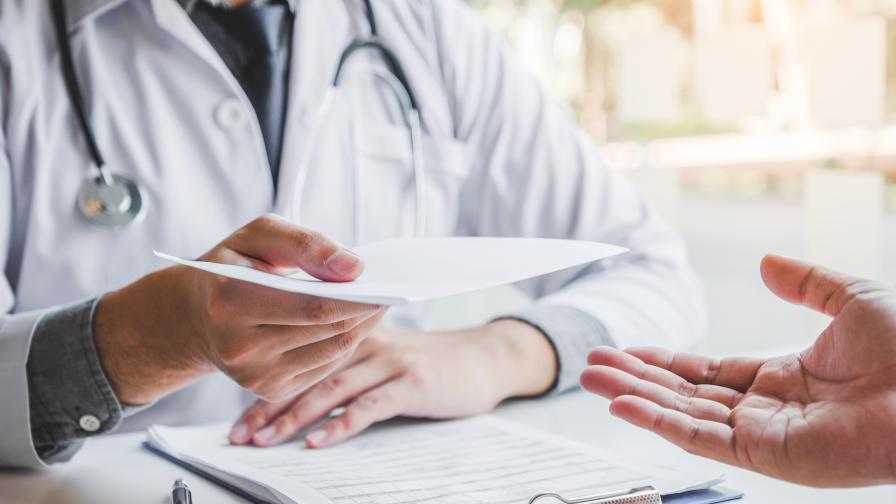 Личните лекари настояват за алгоритъм за работа с COVID-19