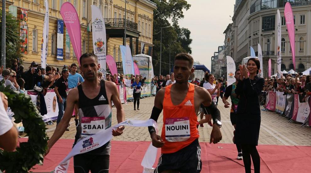 Мароканци си поделиха победата на маратона в София...