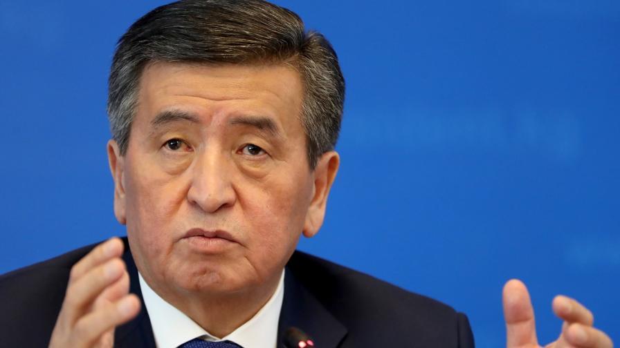 Президентът на Киргизстан Сооронбай Джеенбеков
