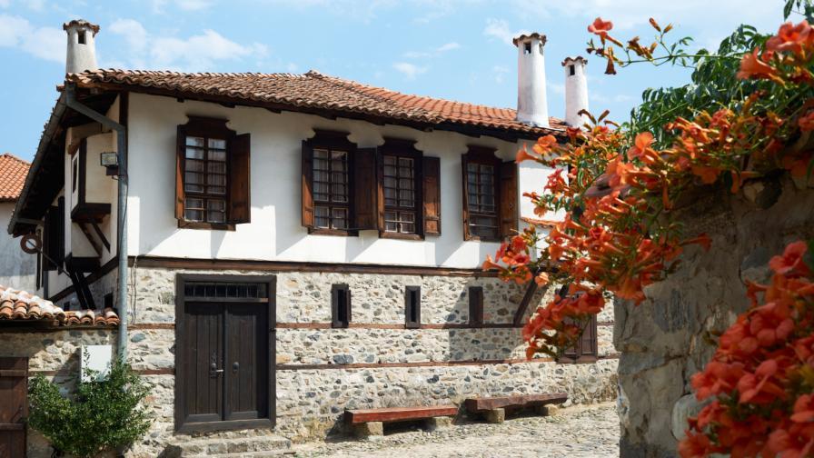 5 страхотни места в България, които да...