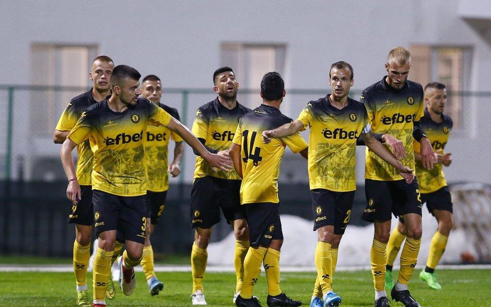 Миньор срази Лудогорец II на старта във Втора лига