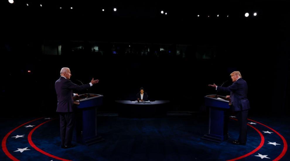 Последният дебат между Тръмп и Байдън преди изборите...