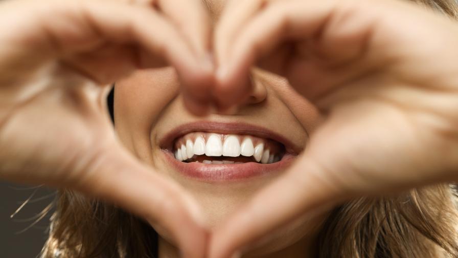 Най-добрите храни за здрави зъби и венци